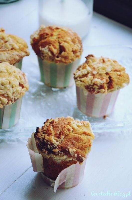 Muffiny z kajmakiem i kruszonką | I love latte