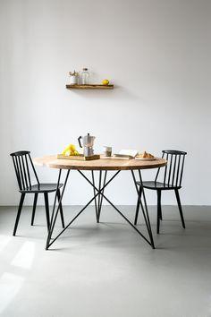 Oak Steel Table Round by NUTSANDWOODS