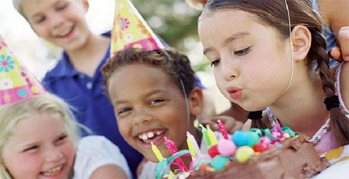 Planning to throw a memorable birthday party on your kid's birthday? So this time why not give a twist in your plans by transforming your sweet home into venue of the party
