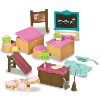 classroom & playground set (lil woodzeez) for use with our calico critters