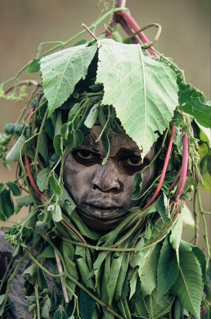 photo Hans Silvester (Ethiopia: Peoples of the Omo Valley) celebrates the unique…