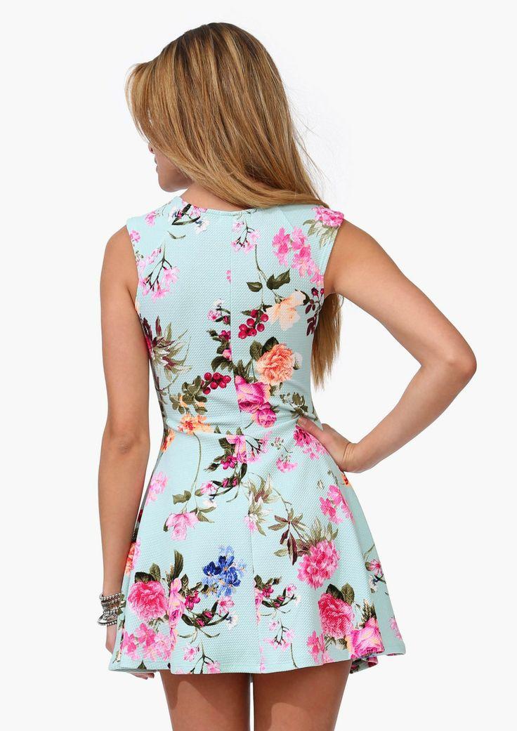 Hotel Cali Floral Dress   Shop for Hotel Cali Floral Dress Online