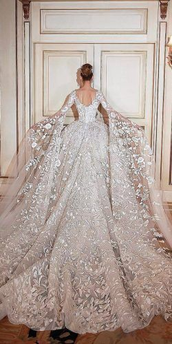 30 Ball Robe Wedding ceremony Attire Match For A Queen