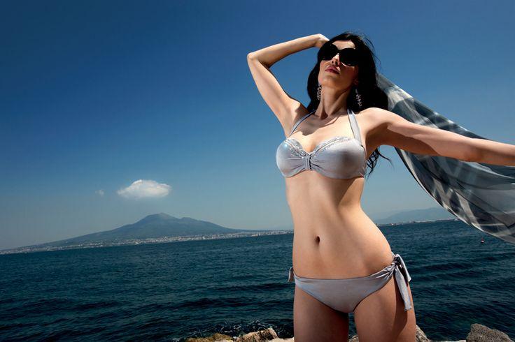 #modamare #moda #swimwear #holiday #mare #beach #fashion #tendenzemoda #summer #fresh #cold #hotsummer #costumidabagno #madeinItaly #positano #Italy #Capri #CostieraStyle #style #trends #Naples #portrose #italia #modaitaliana