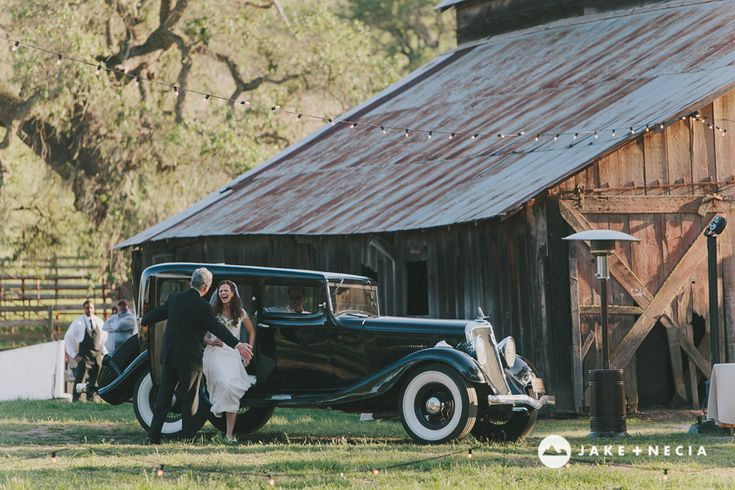 Jake and Necia Photography: Gainey Vineyards Barn Wedding (32) Too posed but great images.