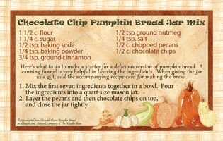 Free to download and print!  Recipe cards for Chocolate Chip Pumpkin Bread Jar Mix.  Great for gifting!