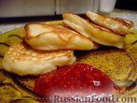 Фото к рецепту: Воздушные оладьи на кефире (без яиц)