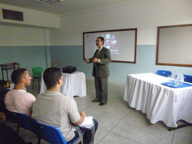 """""""Desarrollo de Sistemas de Información"""". IUSF. Diciembre 2015. Maracaibo, Zulia."""