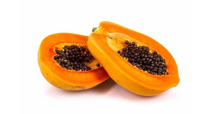 <p>Uma das frutas mais benéficas para a nossa saúde. É assim que podemos definir o mamão. Entre outros nutrientes, o mamão é rico em papaína, uma enzima muito útil nos casos de dificuldade de digerir alimentos. Observando ao microscópio, o mamão revela possuir grandes glóbulos de gordura. O exame microscópico …</p>