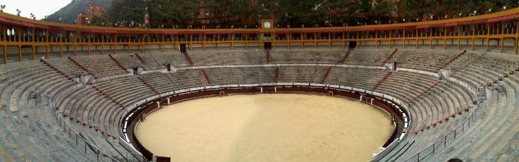 Plaza de toros Santamaría. Bogotá. #nomastoreo ¡No es arte y no es cultura llevar al TORO  a la SEPULTURA!.