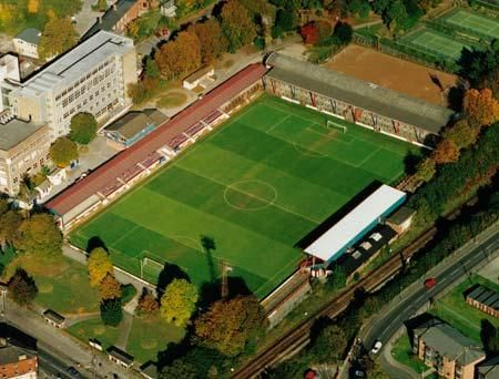 Aldershot Town F.C. - Recreation Ground - 7.500 tilskurer