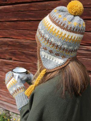Kirjoneulepipo ja -lapaset Novita Isoveli   Novita knits