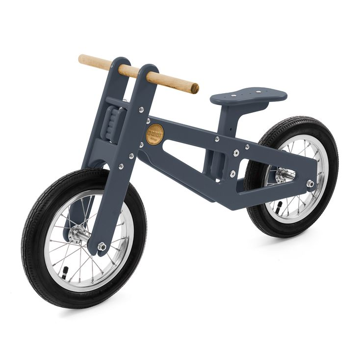 Recommended for kids 2 to 6, this balance bike was made in collaboration with Loll Designs and handcrafted USA-made bicycle manufacturer, Heritage Bicycles.