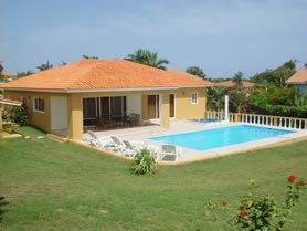 Sosua : 4 beds villa with pool in  popular gated community 219,000 USD