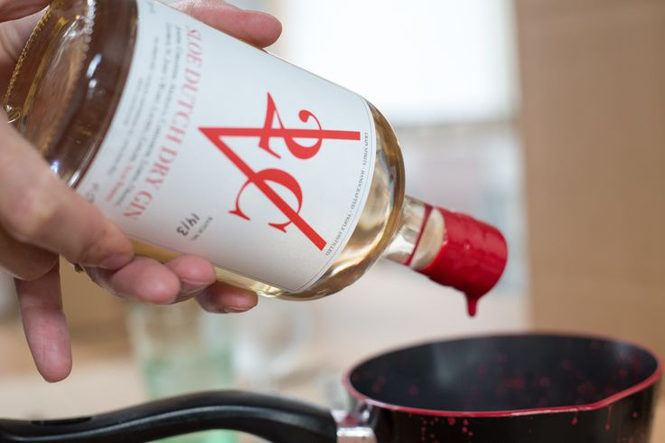 Dipping the bottles in hot wax to seal the cork and avoid oxygen to enter the bottle.