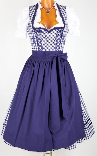 A classically lovely palette of deep blue and snow white. #dirndl #dress #German #folk #costume #blue