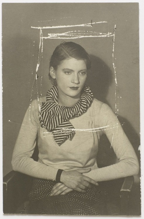 Man Ray – Lee Miller, vers 1929-32 - Photographe américaine. 1907-1977.