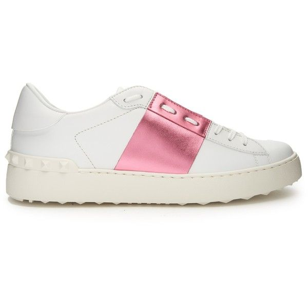 Colour-block low-top leather trainers Valentino MATCHESFASHION.COM found on Polyvore featuring shoes, sneakers, low top, leather shoes, rubber sole shoes, valentino sneakers and valentino shoes