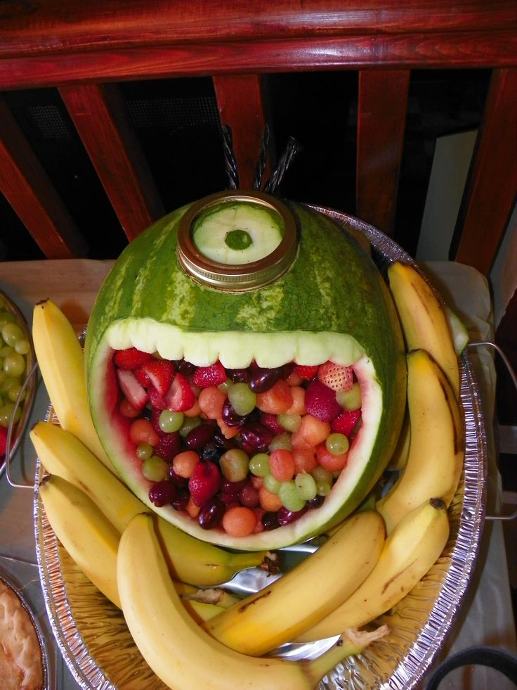 Minion carved watermelon | Things made by me | Pinterest ...