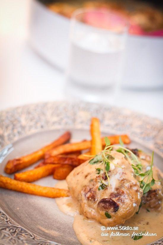 Lammfärsbiffar med chevrésås och kålrotspommes @56kilo.se