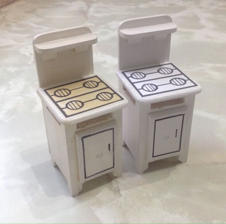 1.12th Scale Triang Dolls House Reproduction Cooker , Stock Broker   eBay