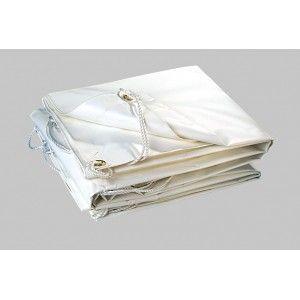 Protégez votre bateau avec une bonne bâche PVC renforcée résistante au soleil et à l'iode et munie d'œillets métalliques.