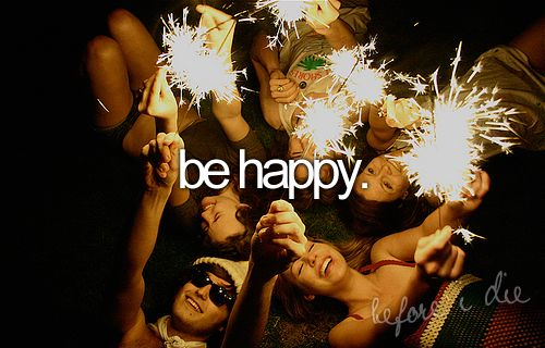 Be happy.Bucketlist, Buckets Lists, Friends, Summer Buckets, Happy, 4Th Of July, Things, Summer Night, Sparklers