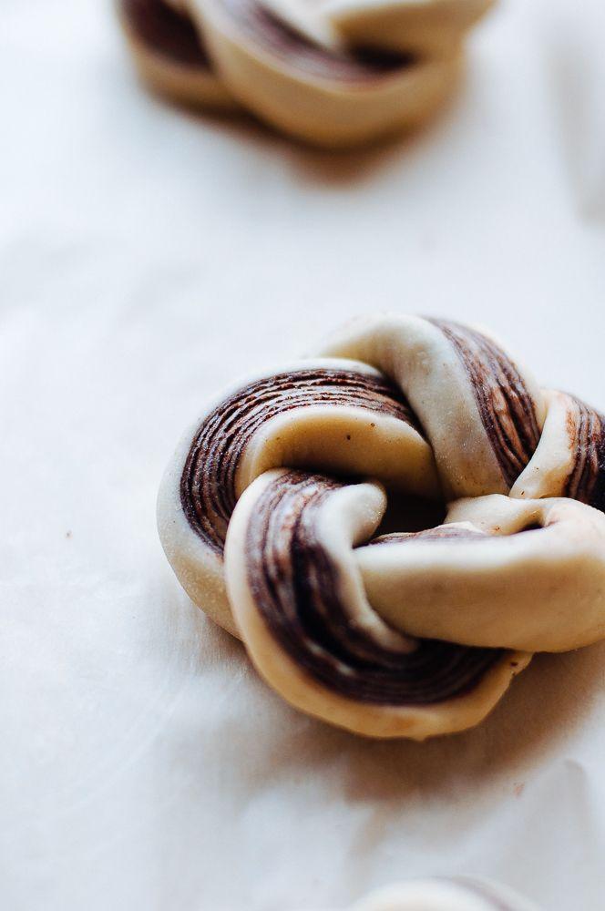 Chocolate Brioche Wreaths | Hint of Vanilla