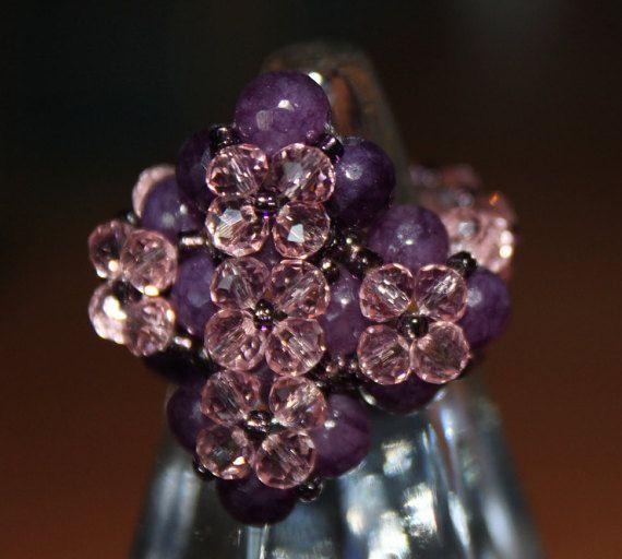 Guarda questo articolo nel mio negozio Etsy https://www.etsy.com/it/listing/475566588/anello-di-ametiste-e-cristalli-di-colore