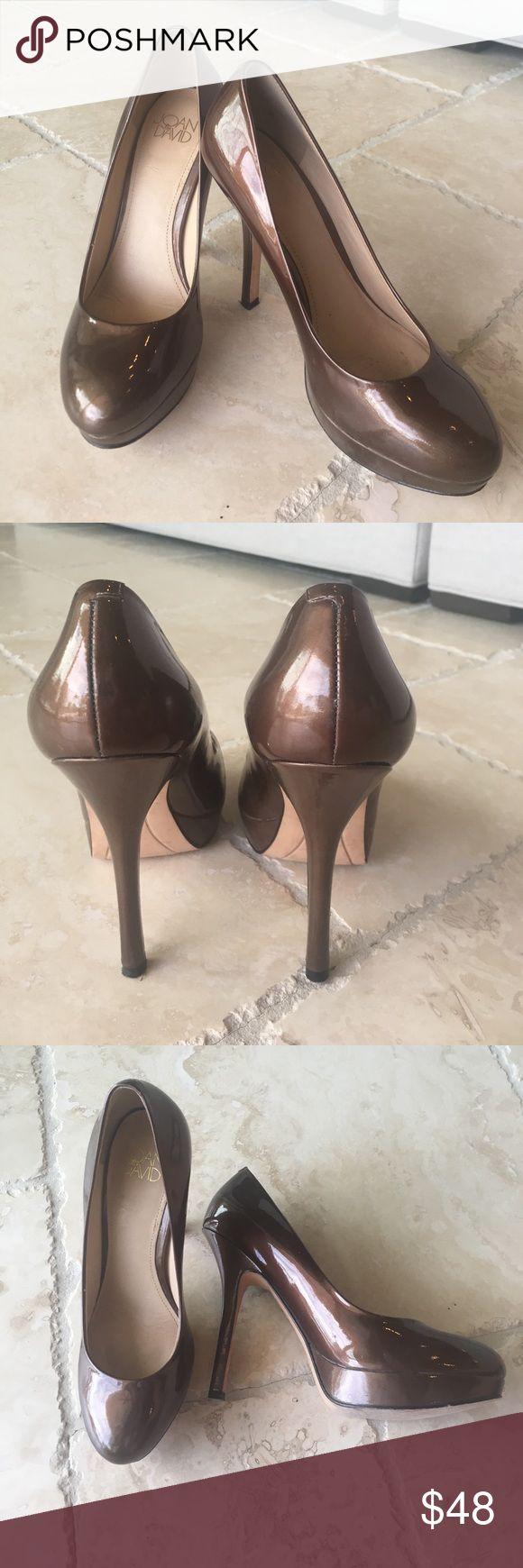 GUC Joan & David Flipp Platform Pump GUC Joan & David Flipp Platform Pump, worn twice, leather sole is the only part that shows wear Joan & David Shoes Heels