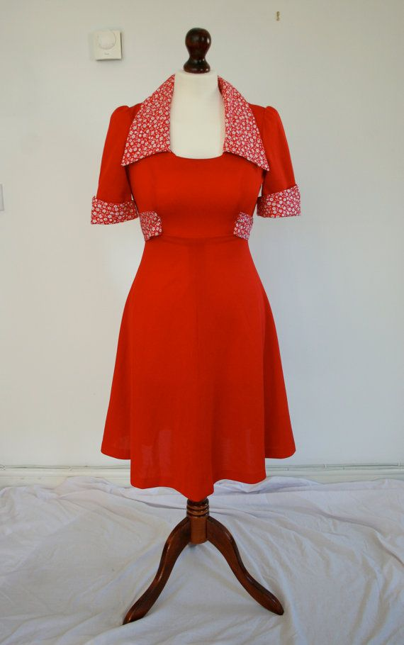 Floral Contrast Red 1970s ALine Dress by Jennyfoundvintage on Etsy