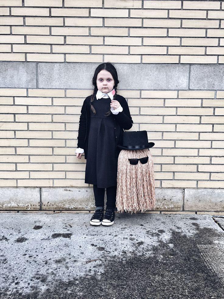 Les 25 Meilleures Id Es De La Cat Gorie D Guisement Mercredi Famille Addams Sur Pinterest