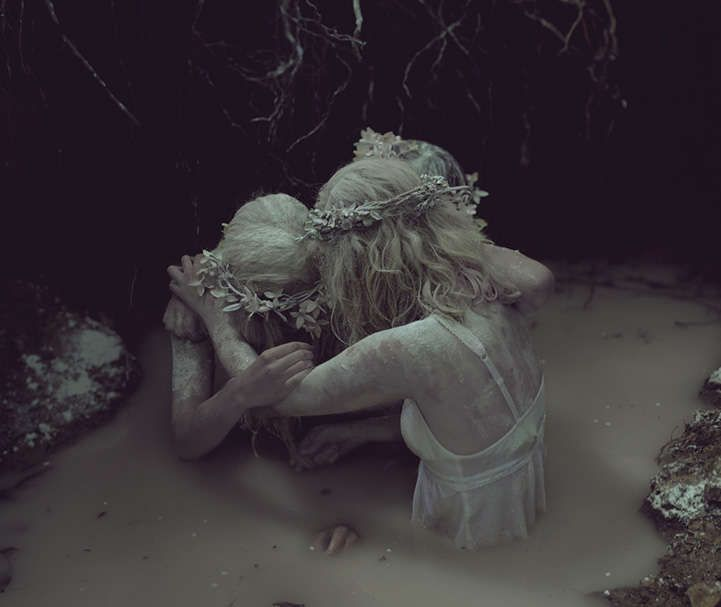 Lutto Ghostly Cattura: Graveyard Ragazze