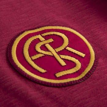 Da oggi, esclusivamente presso gli AS Roma Store e su asromastore.com, i tifosi giallorossi potranno trovare anche una linea di prodotti vintage che celebra la storia del Club
