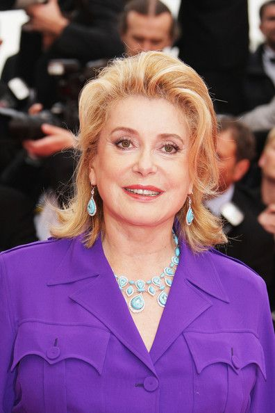 Catherine Deneuve Photos - Actress Catherine Deneuve arrives at the Un Conte De Noel Premiere at the Palais des Festivals during the 61st International Cannes Film Festival on May 16 , 2008 in Cannes, France. - Cannes 2008: Un Conte De Noel - Premiere