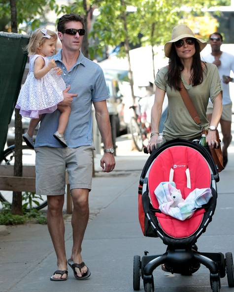 Jason Hoppy and Bethenny Frankel Photo - Quality Mother's Day Time For Bethenny Frankel, Hubby Jason and Daughter Bryn