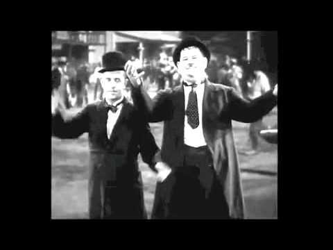 Laurel & Hardy Gangnam Style