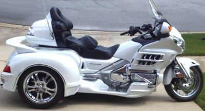 Pearl White 2008 Honda Goldwing GL1800 with Hannigan Trike kit (this photo is for example only; please contact seller for pics of the actual...