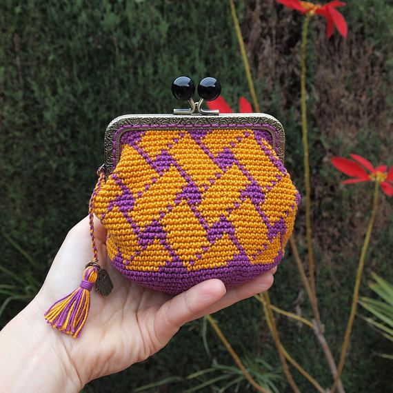 Handmade purse purse metallic frame crocheted fabric purse