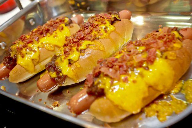 Cachorro-quente gratinado com cheddar. | 17 receitas com cheddar muito melhores que o Grand Cheddar McMelt