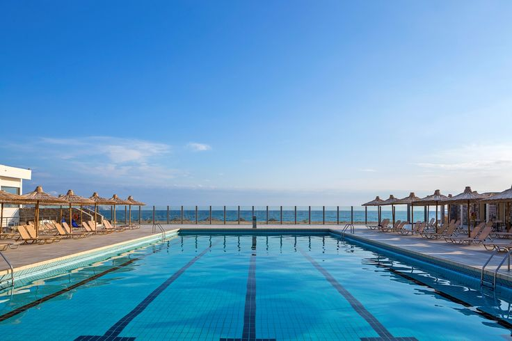 Enjoy the #superb #view by the huge #pool !!