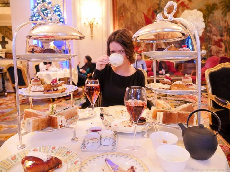 After many cups of tea, we've put together a guide to afternoon tea in Paris. People often associate Paris with outdoorcafésand coffee and wine culture,