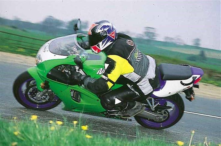 #moto #motard #kawasaki #zx7r