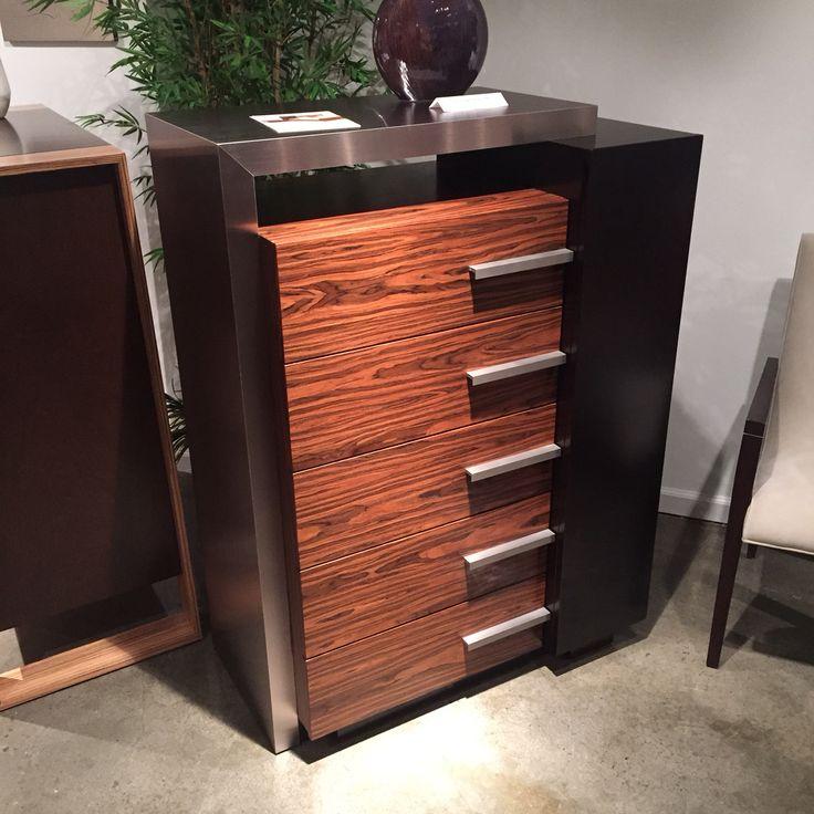 Creative elegance dresser