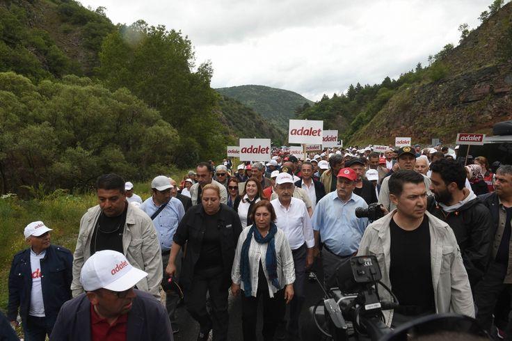 Foto Galeri: Kılıçdaroğlu işçilerle kol kola: Büyük yürüyüşün 6'ncı günü