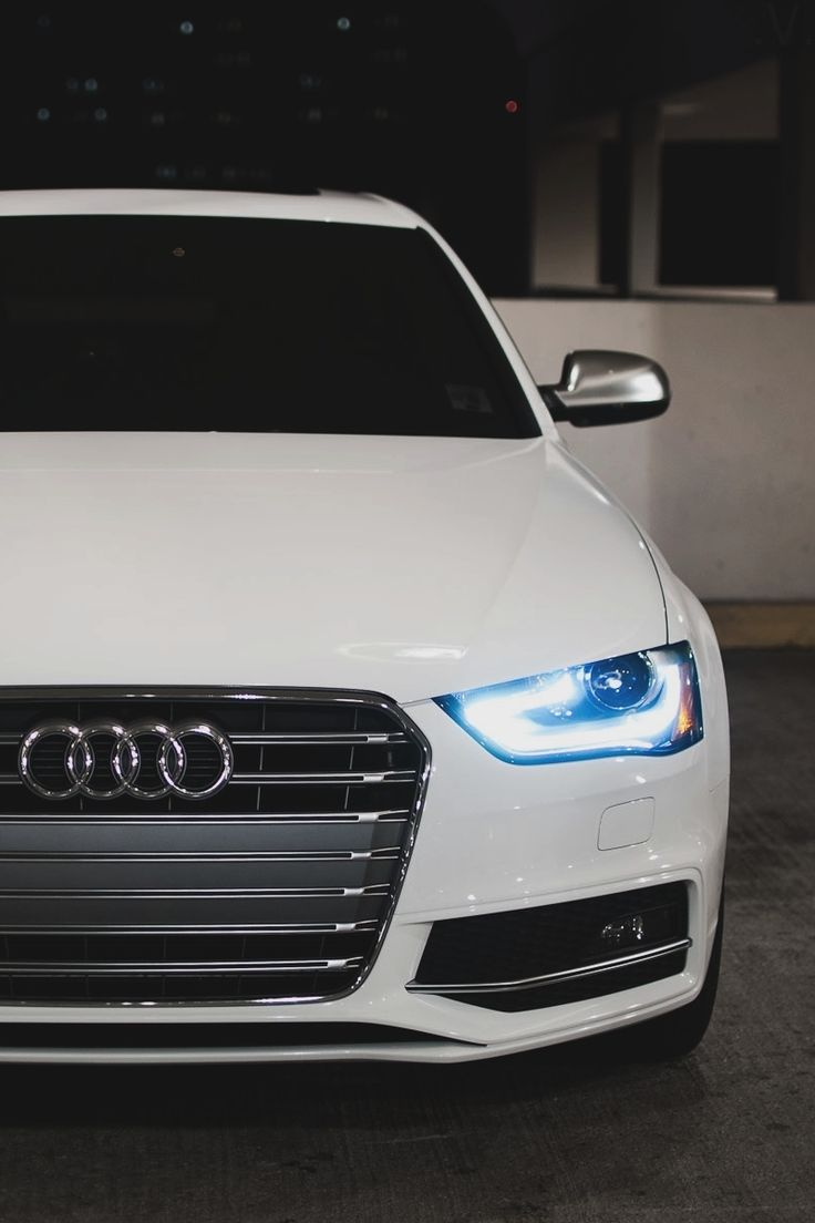 """Logo 4- Audi The 4 interlocking circles are simple and feel """"techie"""" which is what i think of when i think of audi- cutting edge technology. The logo personifies that well."""