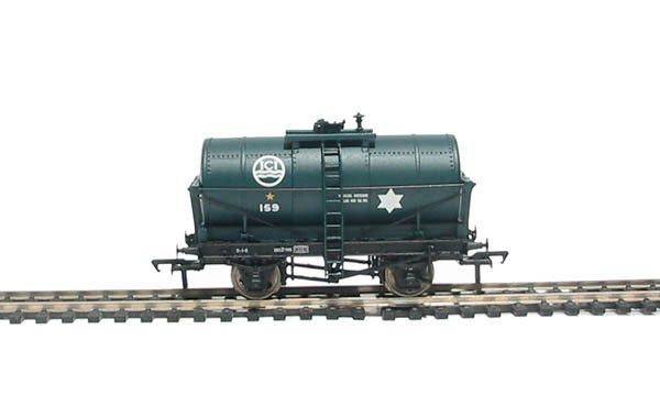 Bachmann Branchline OO 37-656 14 Ton Tank Wagon in Imperial Chemicals Industries