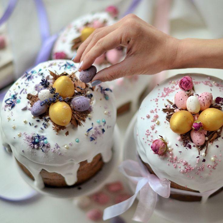декор пасхальных куличей фото цветочная корзина