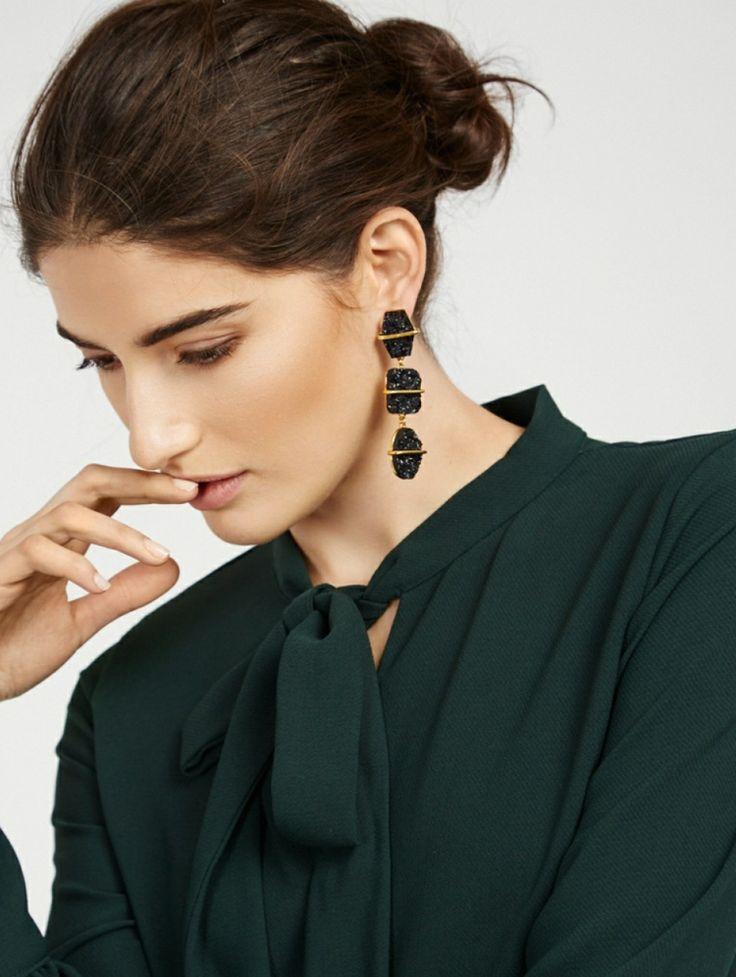 steine gold akztente ohrstecker statement ohrringe glitzer #fashion #style #models