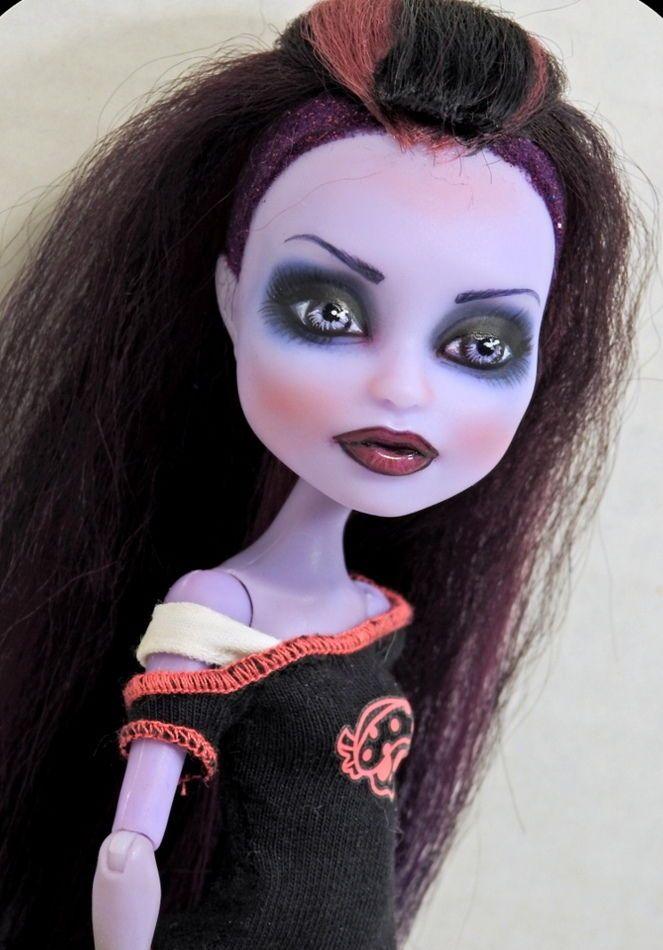 Monster High Doll Repaint Twyla OOAK Custom Dressed Repainted  #Mattel #Dolls
